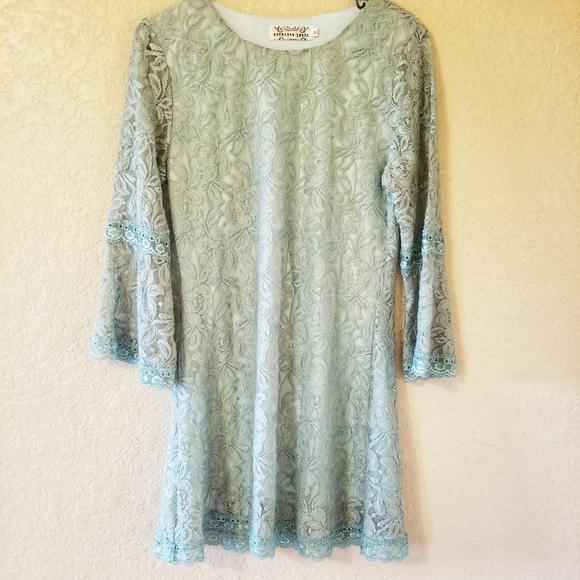 reckless angels Dresses & Skirts - Reckless Angel light green lace dress
